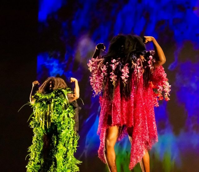 Plasma is a multimedia dance performance ritual honoring the Divine Femme.