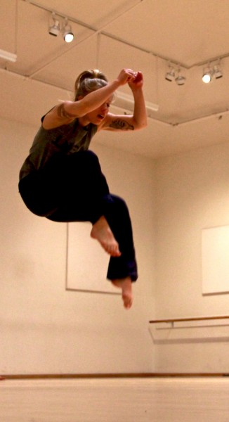 Contemporary with sf artist kristin damrow at gibney for Contemporary dance new york