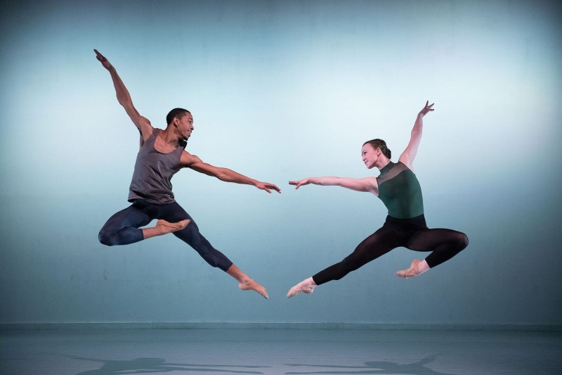 Caption: Conservatory of Dance students Quaba Ernest '19 and Juliet Mazzola '18.
